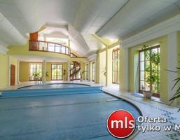 Dom na sprzedaż, Sieradz, 1100 m²