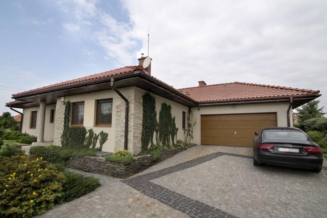 Morizon WP ogłoszenia   Dom na sprzedaż, Zbrosławice, 269 m²   8208