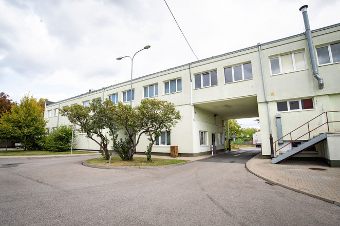 Morizon WP ogłoszenia | Biuro do wynajęcia, Warszawa Raków, 150 m² | 1581