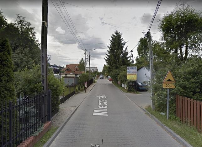 Morizon WP ogłoszenia | Działka na sprzedaż, Nowa Iwiczna Mleczarska, 1950 m² | 8597