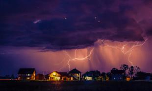 Cisza przed burzą… Jak przygotować dom na spotkanie z piorunami?